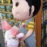 Universal Studios Despicable Me Agnes Holding Unicorn Keychain New with Tag
