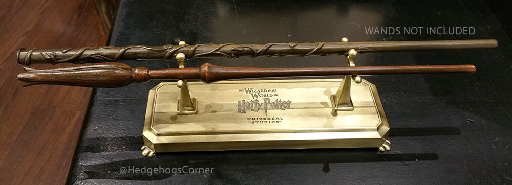 Wizarding World Of Harry Potter Metal Two Wand Display
