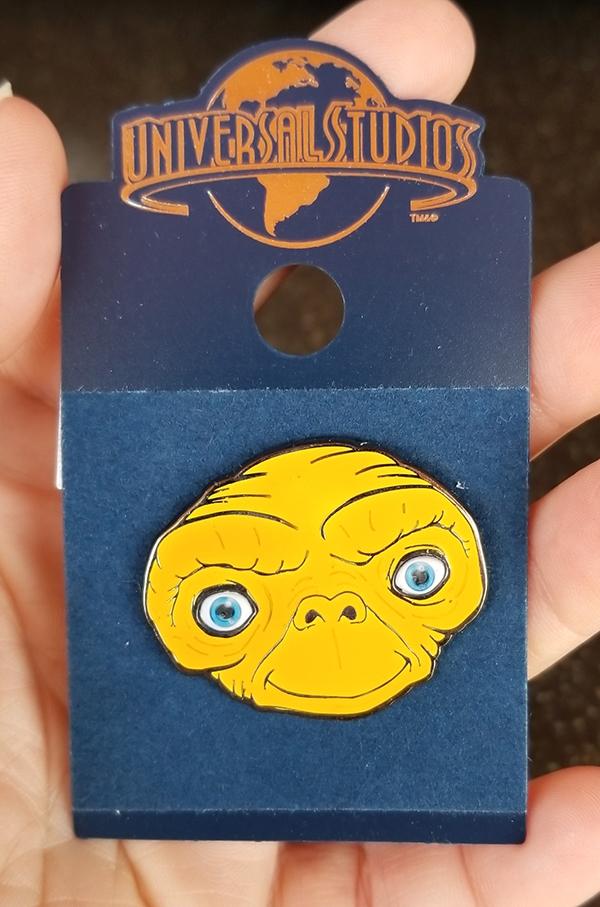 E.T. the Extra Terrestrial Universal Studios Trading Pin – ET Big Face