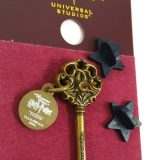 Wizarding World of Harry Potter Trading Pin Gringotts Bank Key with Charm
