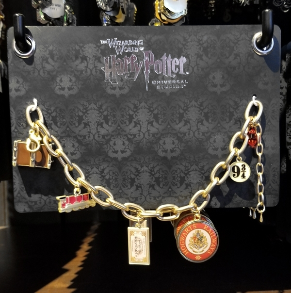 Wizarding World of Harry Potter Universal Studios Parks Charm Bracelet Hogwarts Railways