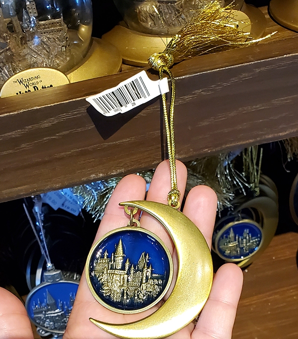 Wizarding World of Harry Potter Universal Studios Parks Holiday Ornament Hogwarts Castle Moon