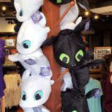 How to Train Your Dragon Universal Studios Parks Plush Toothless Light Fury Dragon Hat
