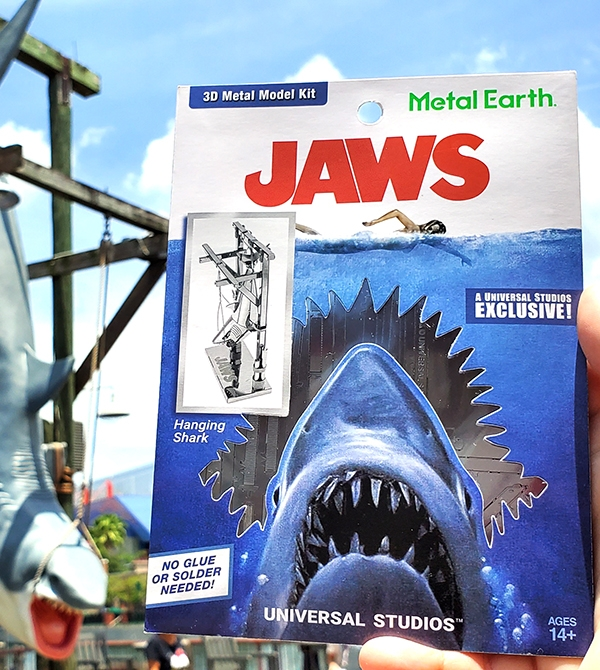 Metal Earth Universal Studios Parks Exclusive 3D Model Kit Jaws Hanging Shark