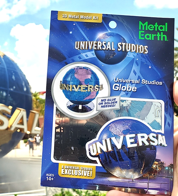 Metal Earth Universal Studios Parks Exclusive 3D Model Kit Universal Studios Globe
