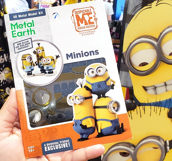 Metal Earth Universal Studios Parks Exclusive 3D Model Kit Despicable ME Minions